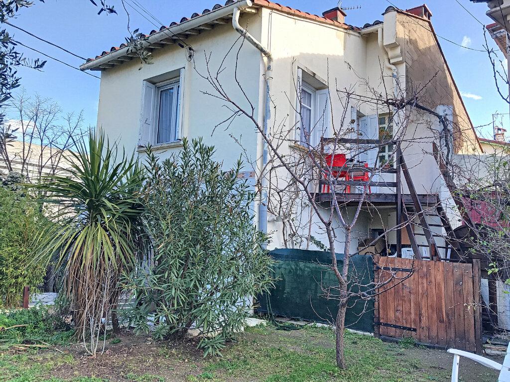 Maison à vendre 4 130m2 à Perpignan vignette-4