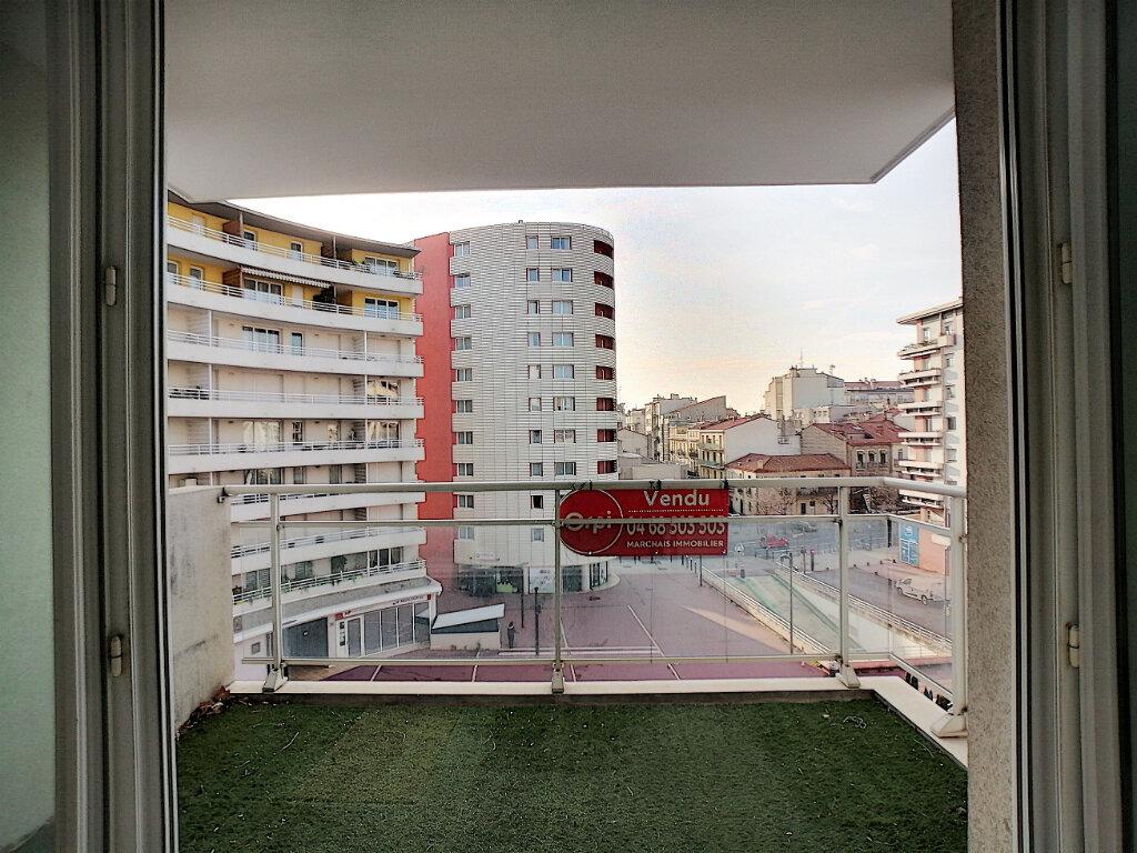 Appartement à vendre 3 69m2 à Perpignan vignette-1