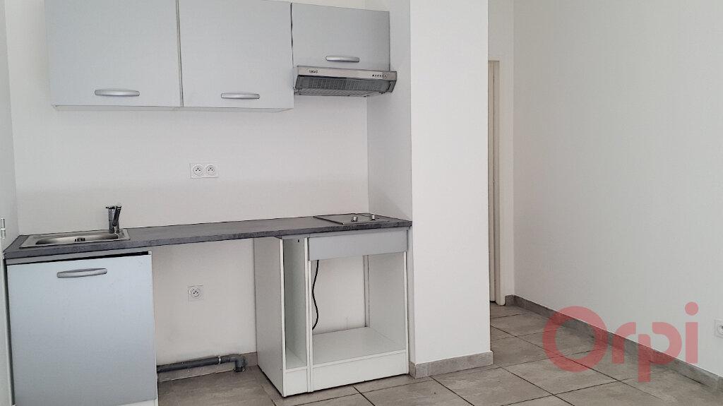 Appartement à louer 2 27.45m2 à Espira-de-l'Agly vignette-1