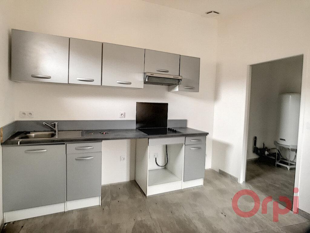 Appartement à louer 3 73.85m2 à Thuir vignette-3