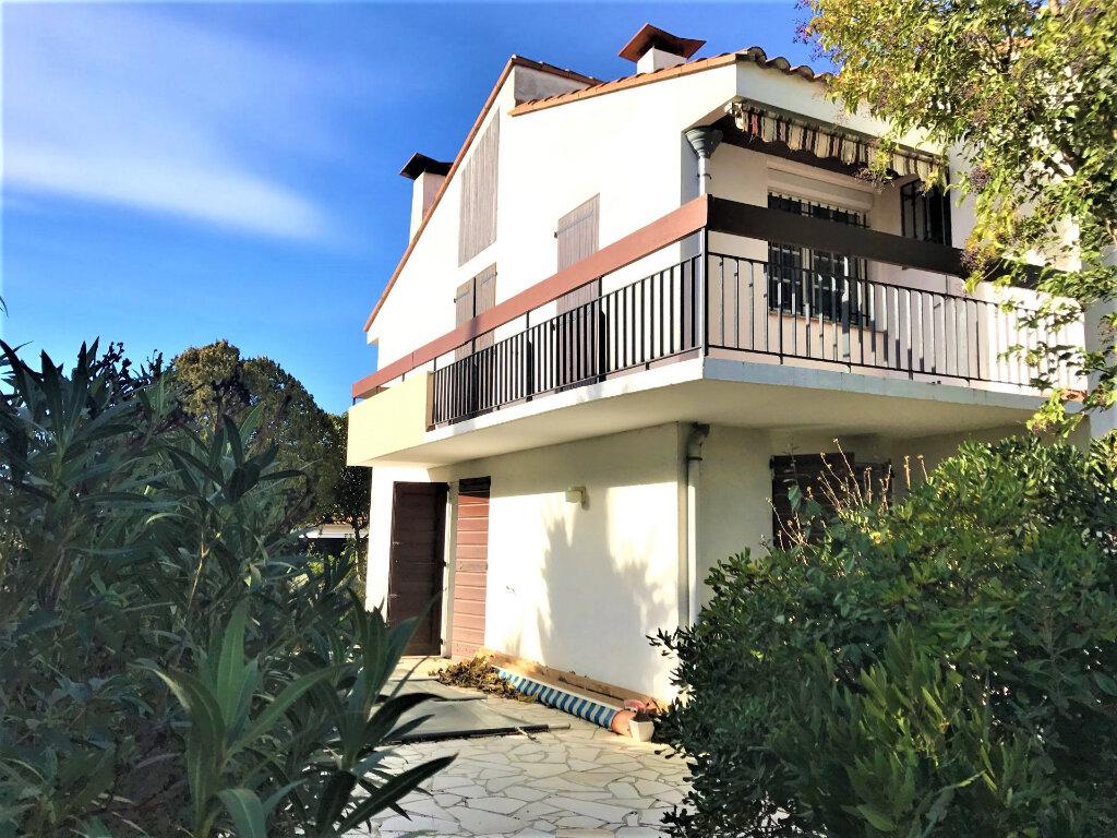 Maison à vendre 5 140m2 à Perpignan vignette-2