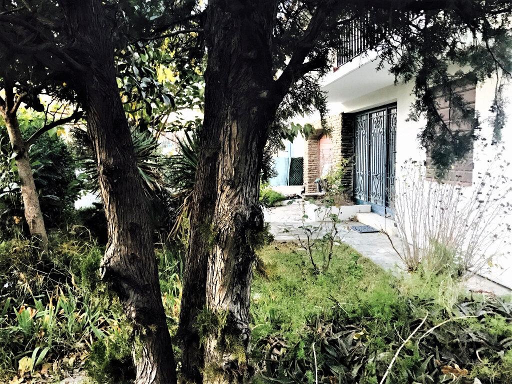 Maison à vendre 5 140m2 à Perpignan vignette-4