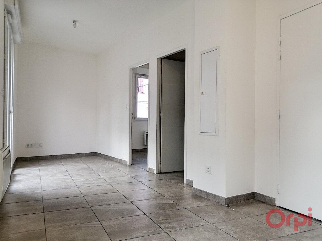 Appartement à louer 2 32.8m2 à Espira-de-l'Agly vignette-2