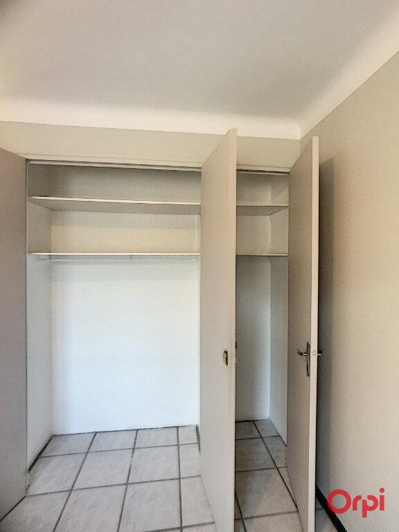Appartement à louer 3 68.9m2 à Prades vignette-7