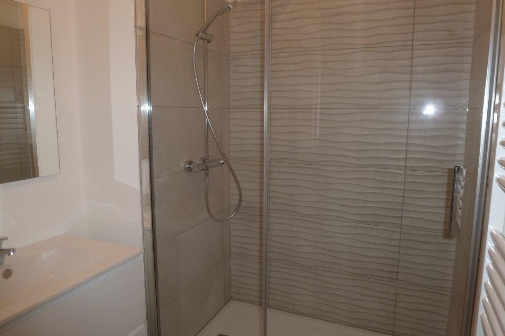 Appartement à vendre 4 83.2m2 à Le Croisic vignette-3