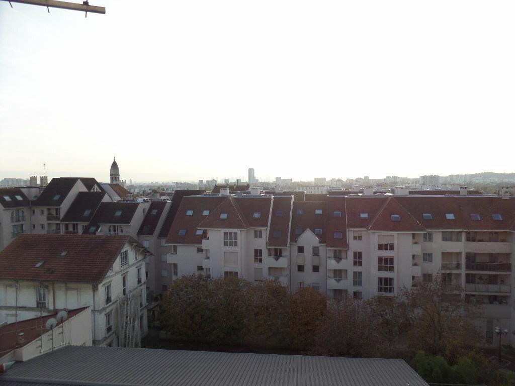 Appartement à louer 1 12m2 à Enghien-les-Bains vignette-2