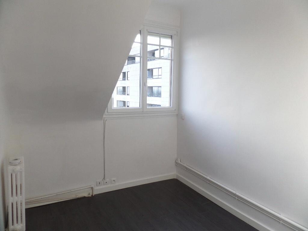 Appartement à louer 1 12m2 à Enghien-les-Bains vignette-3