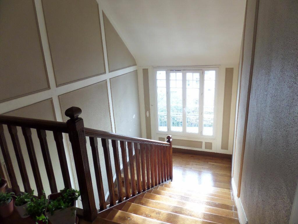 Appartement à louer 1 12m2 à Enghien-les-Bains vignette-7