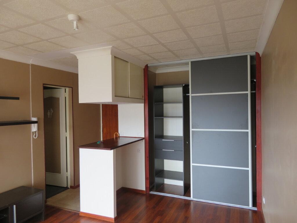 Appartement à louer 1 27.2m2 à Épinay-sur-Seine vignette-1