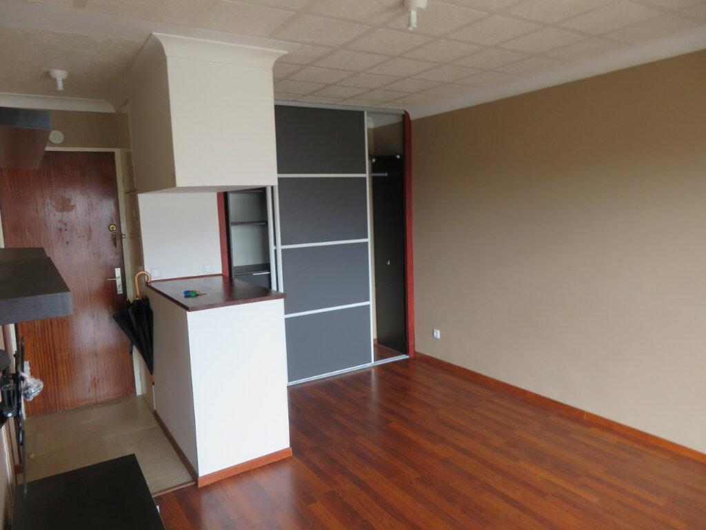Appartement à louer 1 27.2m2 à Épinay-sur-Seine vignette-4