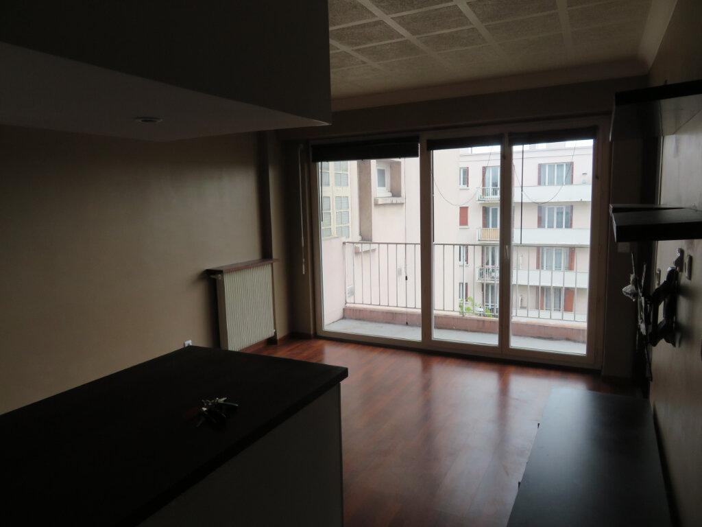 Appartement à louer 1 27.2m2 à Épinay-sur-Seine vignette-10