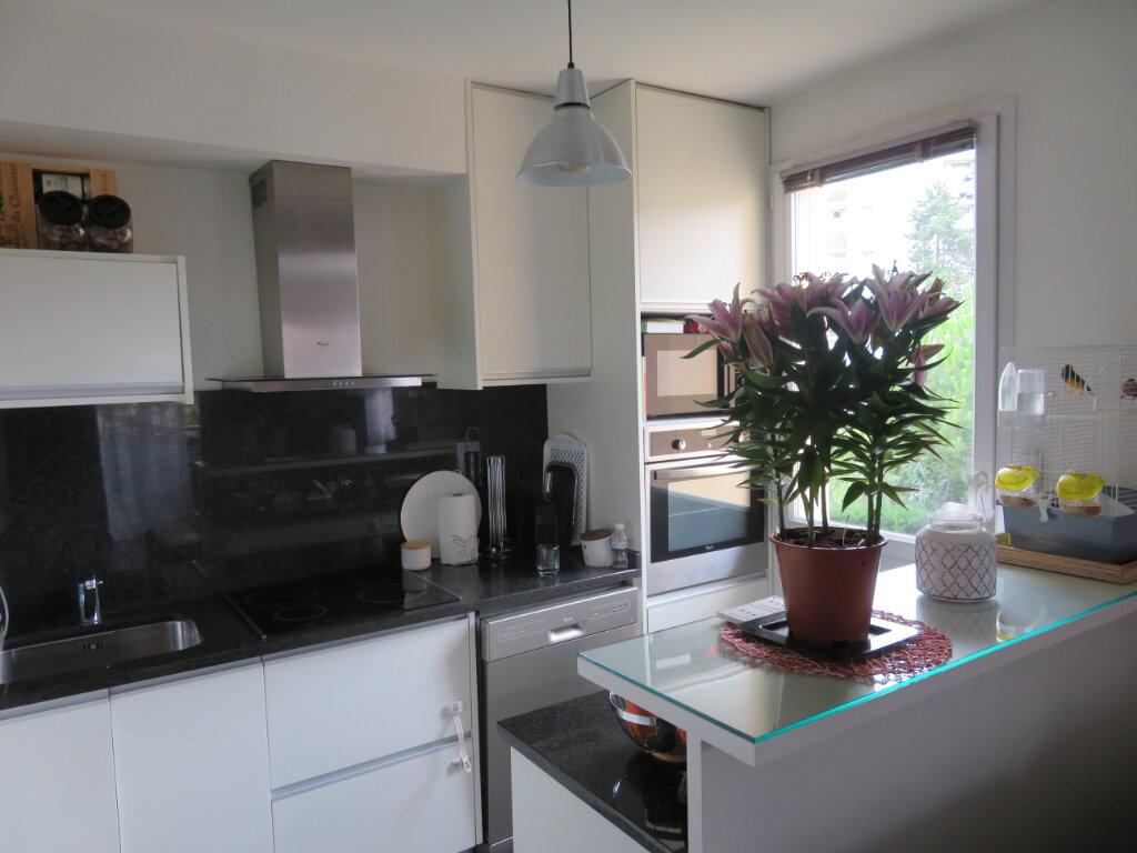 Appartement à vendre 3 61m2 à Épinay-sur-Seine vignette-1