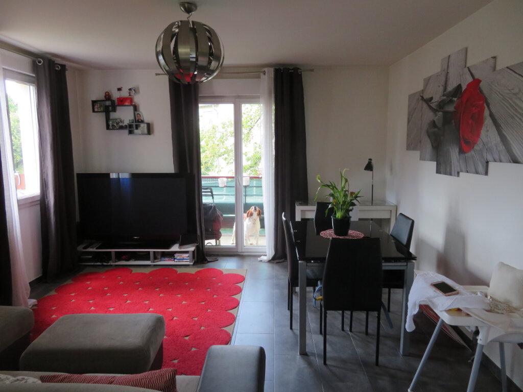 Appartement à vendre 3 61m2 à Épinay-sur-Seine vignette-3