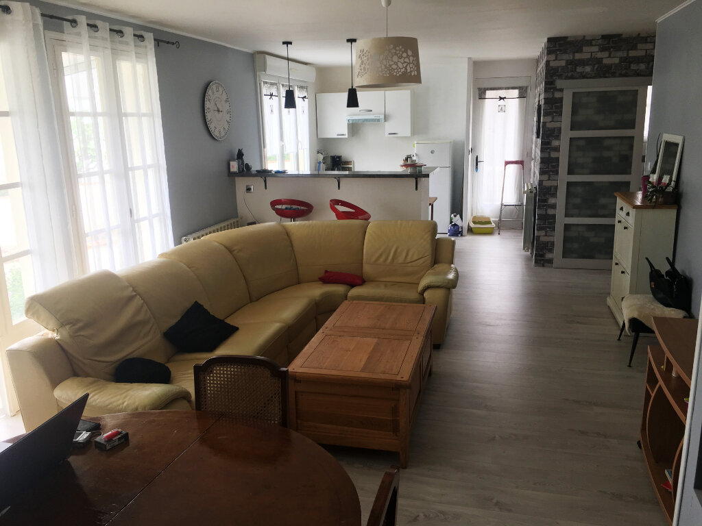 Maison à vendre 4 80m2 à Surgères vignette-1