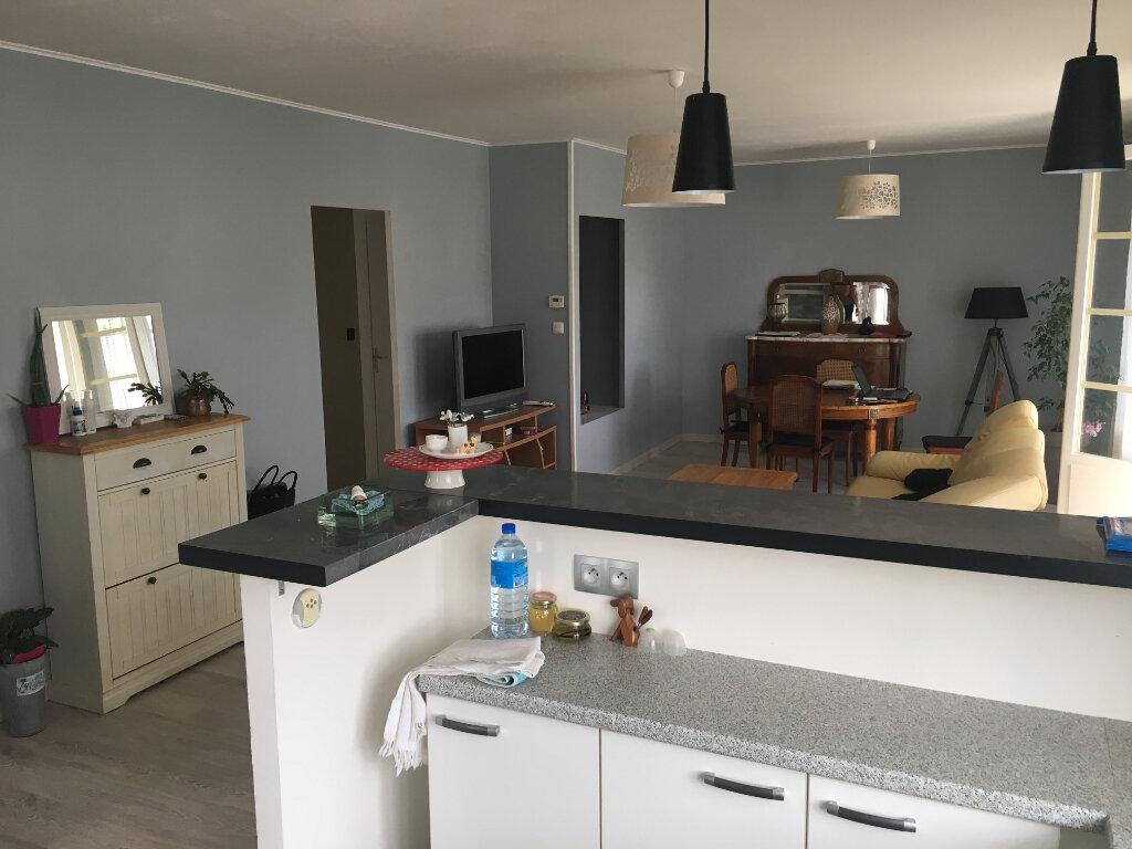 Maison à vendre 4 80m2 à Surgères vignette-5