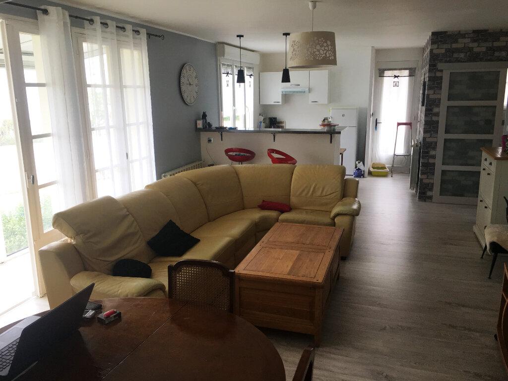 Maison à vendre 4 80m2 à Surgères vignette-9