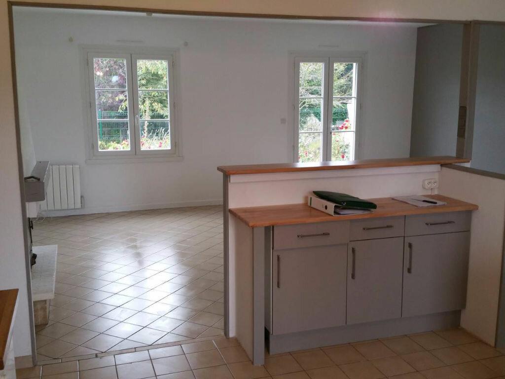 Maison à louer 4 91.6m2 à Dompierre-sur-Mer vignette-3