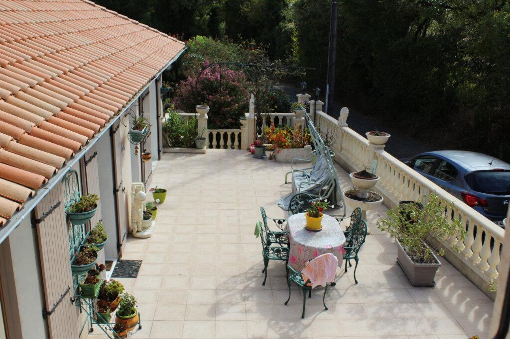 Maison à vendre 5 145m2 à Saint-Séverin-sur-Boutonne vignette-2