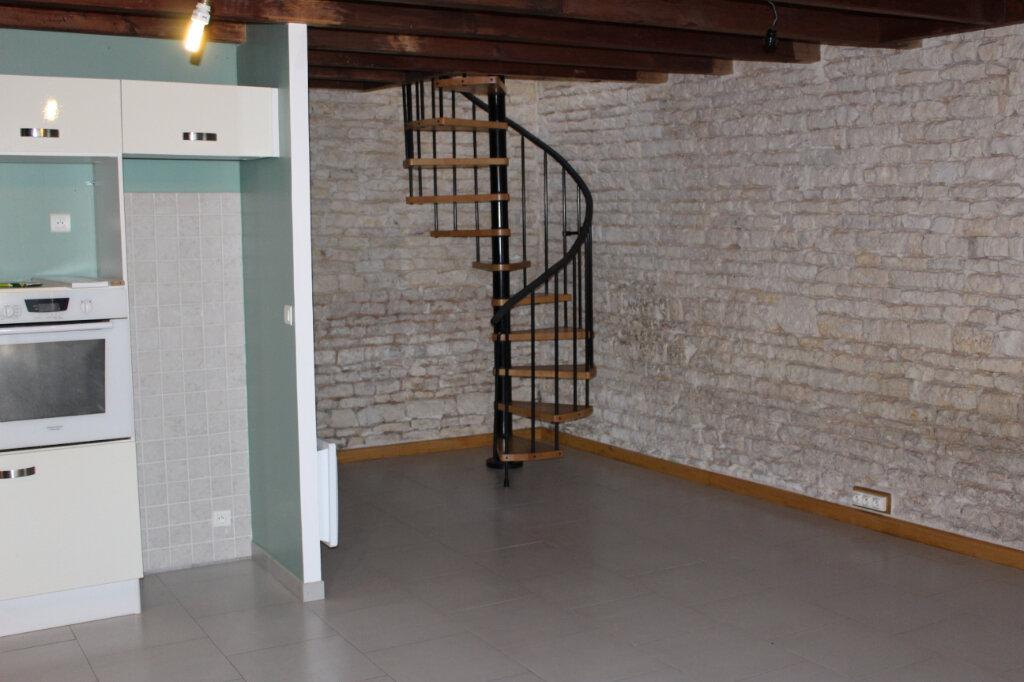 Maison à vendre 2 85m2 à Mauzé-sur-le-Mignon vignette-3