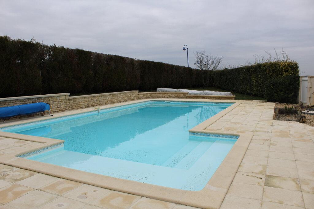 Maison à vendre 6 190m2 à Blanzac-lès-Matha vignette-8