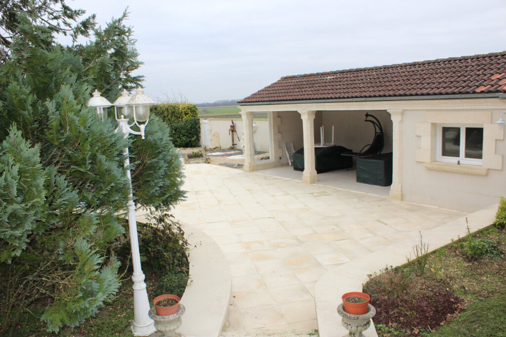 Maison à vendre 6 190m2 à Blanzac-lès-Matha vignette-14