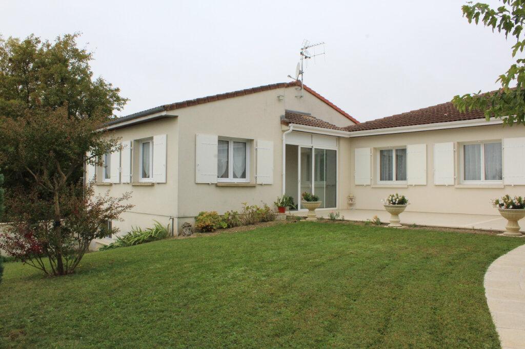 Maison à vendre 6 190m2 à Blanzac-lès-Matha vignette-15