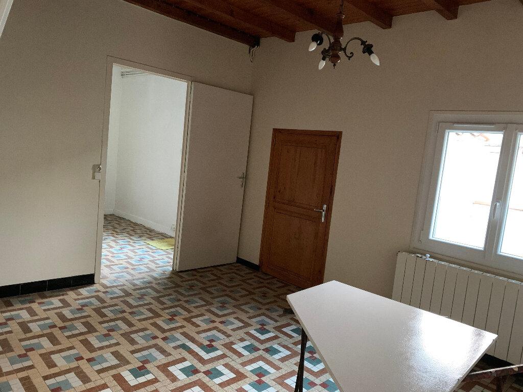 Maison à louer 3 62m2 à Saint-Georges-du-Bois vignette-3