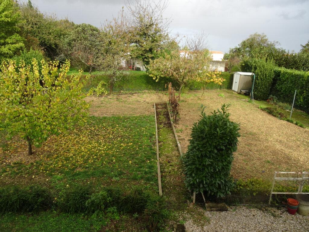 Maison à vendre 5 104m2 à Surgères vignette-3