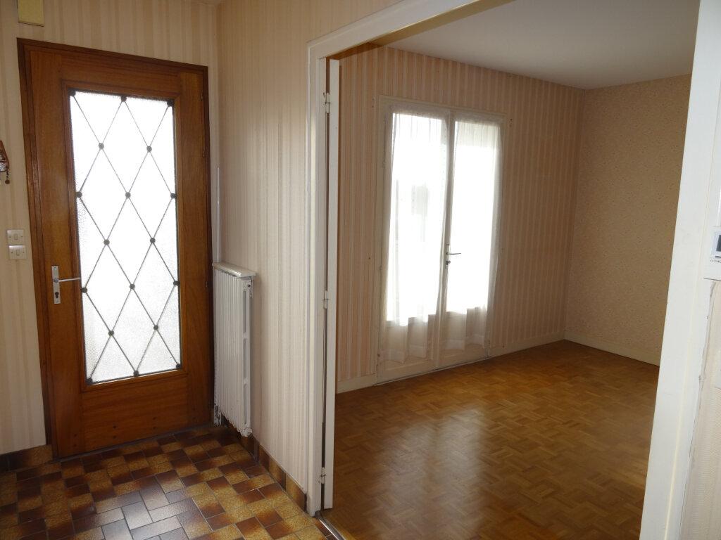 Maison à vendre 5 104m2 à Surgères vignette-7