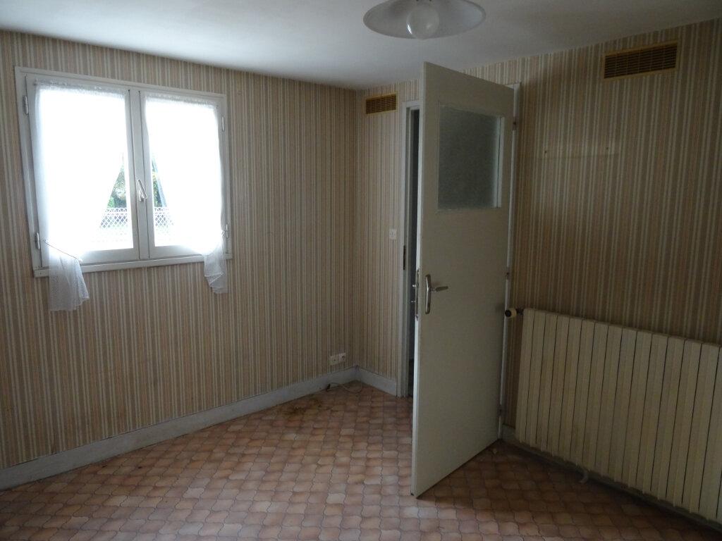Maison à vendre 5 104m2 à Surgères vignette-9