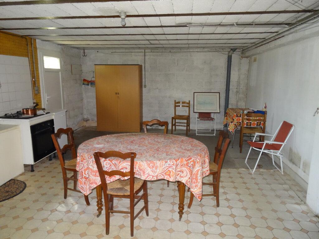 Maison à vendre 5 104m2 à Surgères vignette-11