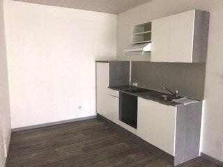 Appartement à louer 2 55.4m2 à Surgères vignette-2