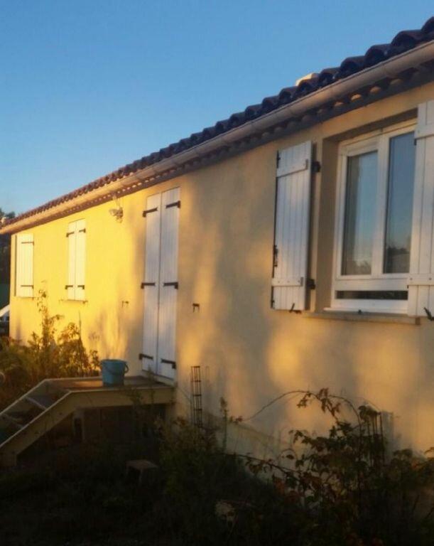 Maison à louer 5 100m2 à La Verdière vignette-2