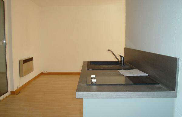 Appartement à louer 1 18m2 à La Verdière vignette-2