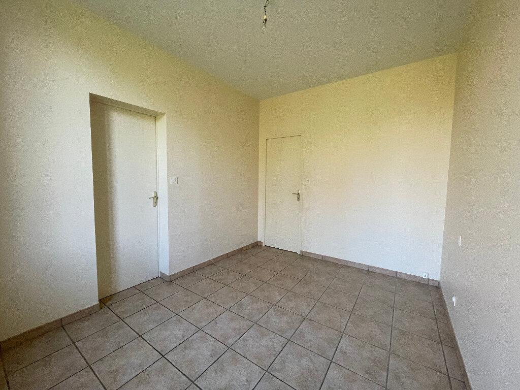Maison à louer 5 85m2 à Ligny-le-Ribault vignette-6