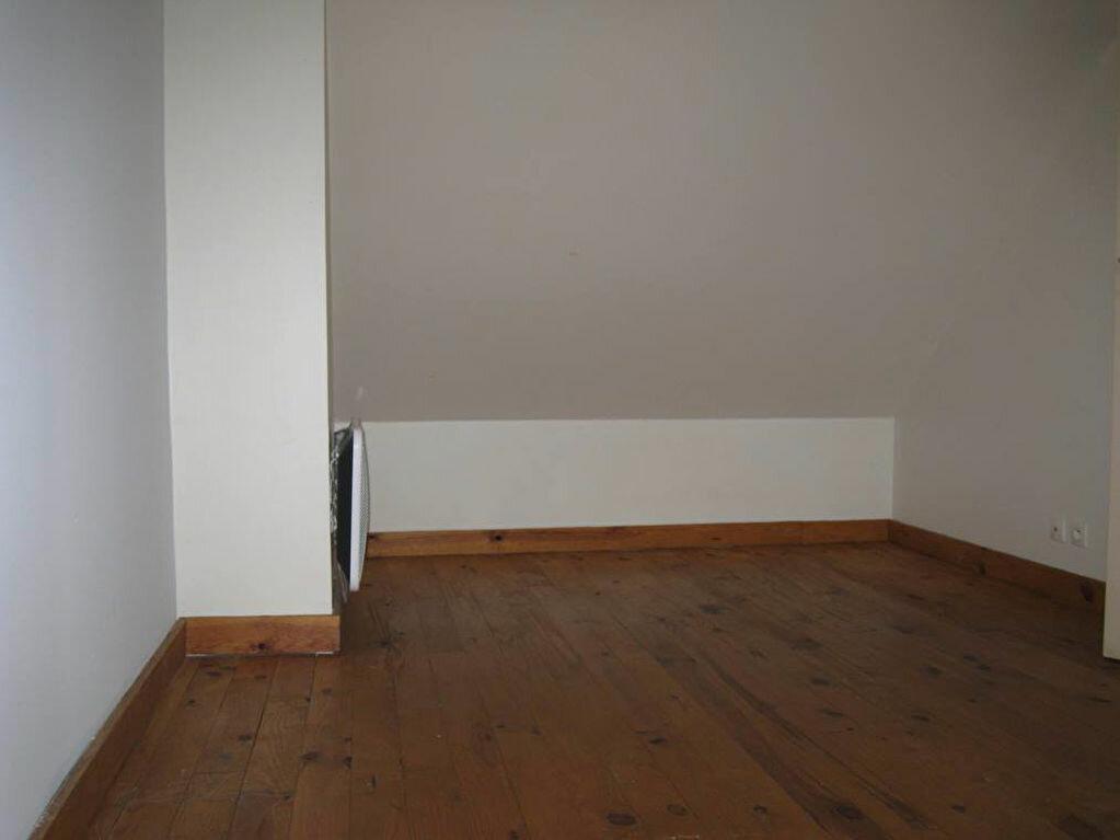 Maison à louer 3 73m2 à Lamotte-Beuvron vignette-6