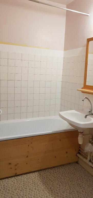 Appartement à louer 1 32m2 à Orléans vignette-5
