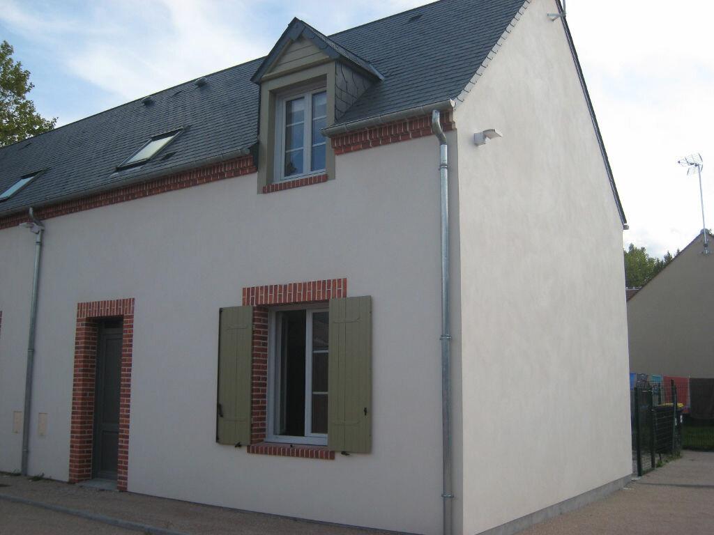 Maison à louer 4 72m2 à La Ferté-Saint-Aubin vignette-1