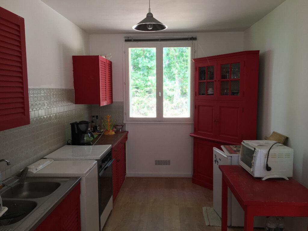 Maison à vendre 3 75.76m2 à Pierrefitte-sur-Sauldre vignette-2