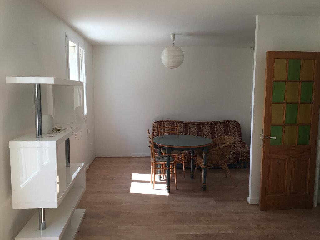 Maison à vendre 3 75.76m2 à Pierrefitte-sur-Sauldre vignette-5