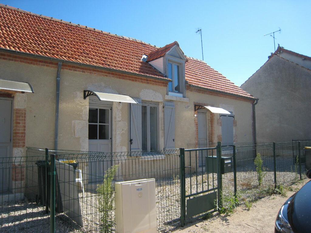 Maison à louer 2 50m2 à Jouy-le-Potier vignette-3