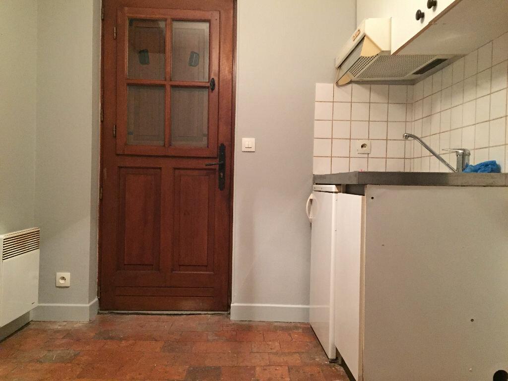 Maison à louer 1 29m2 à La Ferté-Saint-Aubin vignette-5
