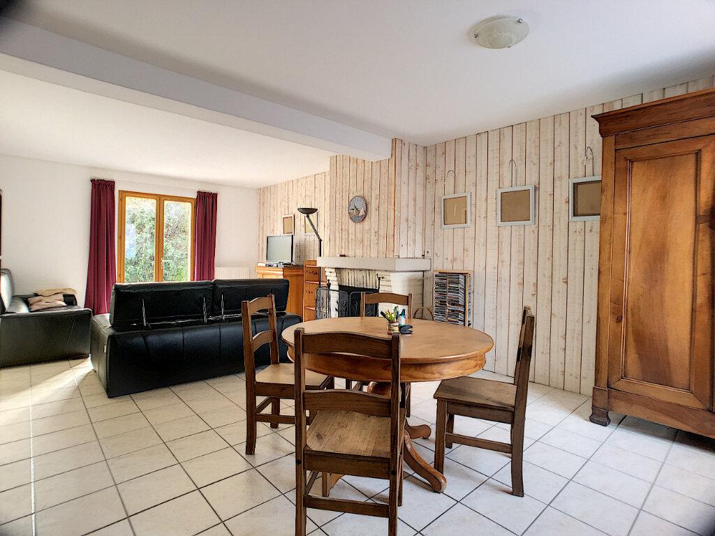 Maison à vendre 7 119m2 à Marcilly-en-Villette vignette-2
