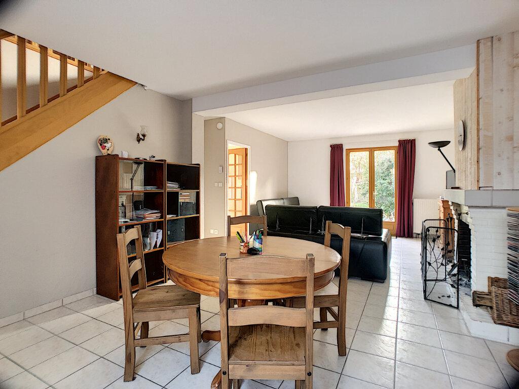 Maison à vendre 7 119m2 à Marcilly-en-Villette vignette-4