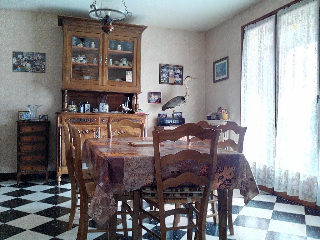 Maison à vendre 7 116.58m2 à Brinon-sur-Sauldre vignette-2