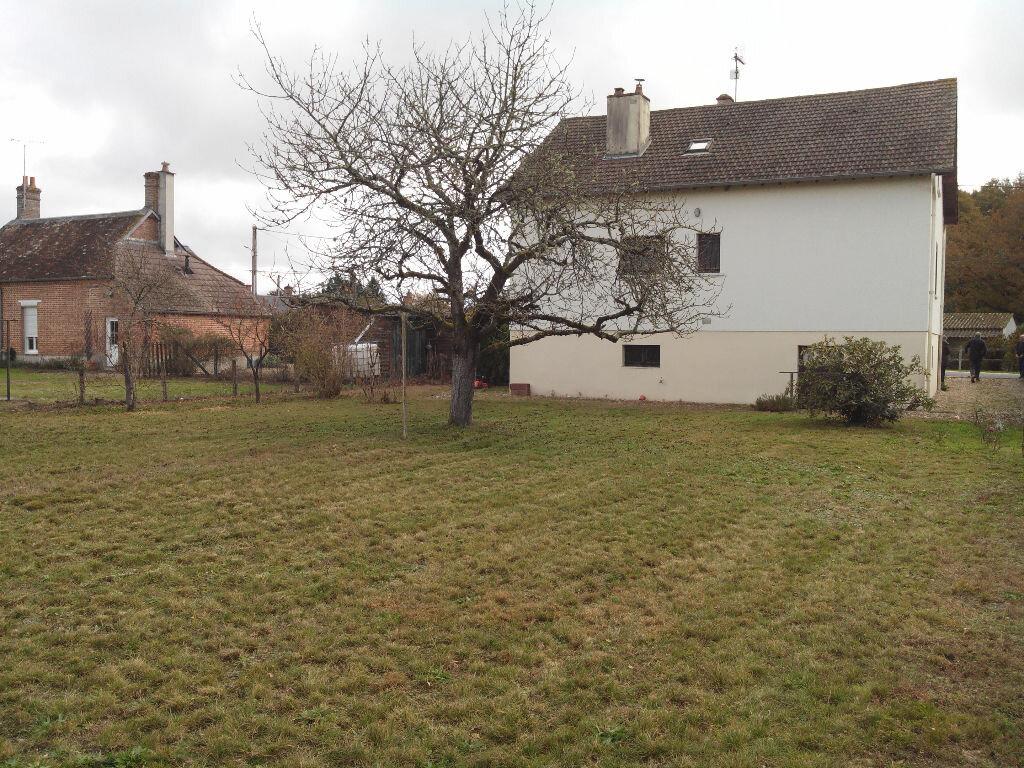 Maison à vendre 7 116.58m2 à Brinon-sur-Sauldre vignette-11