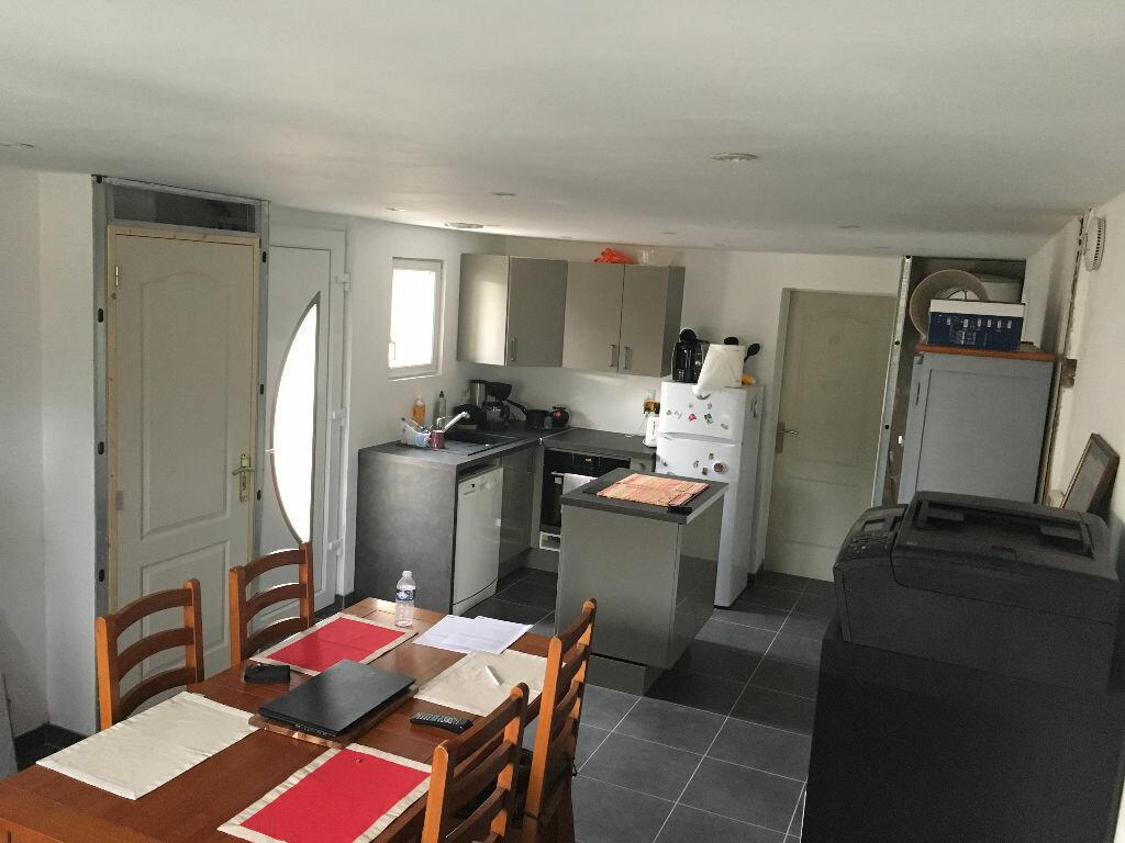 Maison à louer 3 56m2 à Lamotte-Beuvron vignette-4