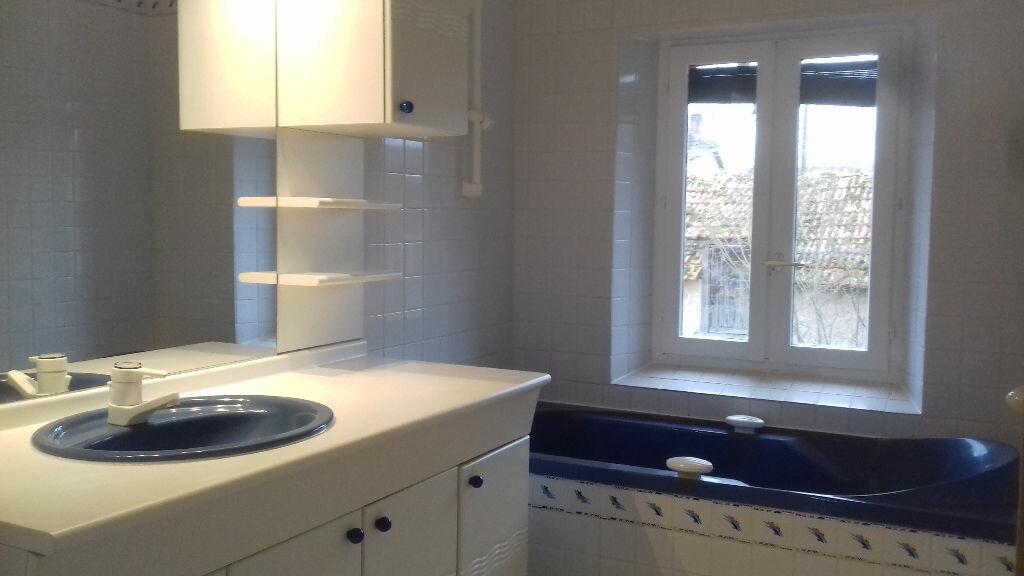 Maison à louer 6 140m2 à Lamotte-Beuvron vignette-5