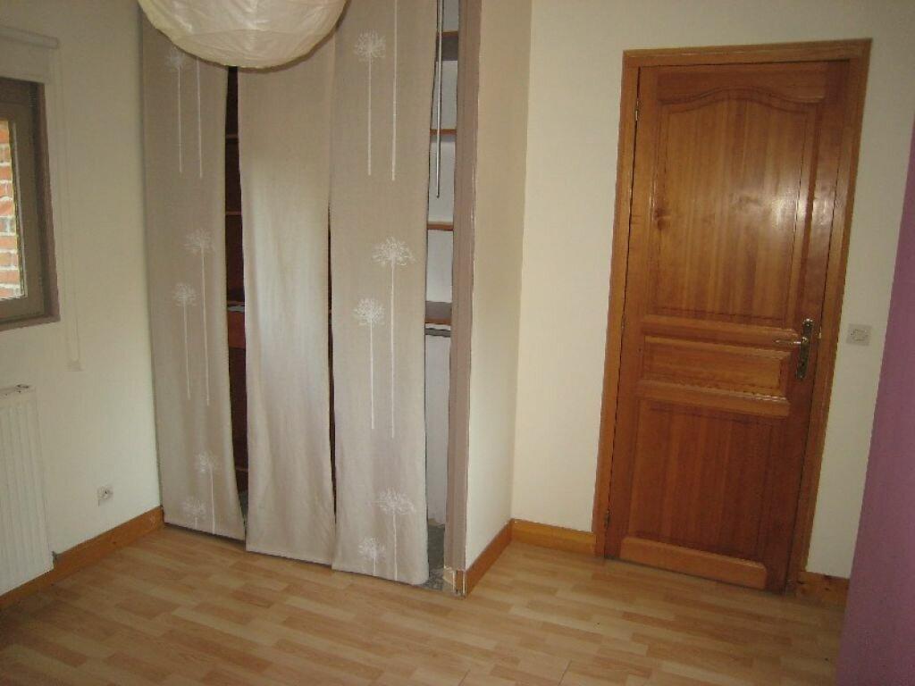 Appartement à louer 3 65m2 à La Ferté-Saint-Aubin vignette-7