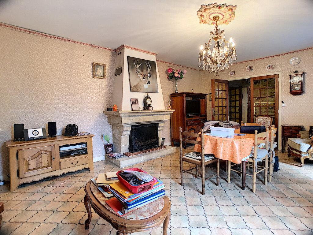 Maison à vendre 5 135m2 à Ligny-le-Ribault vignette-3